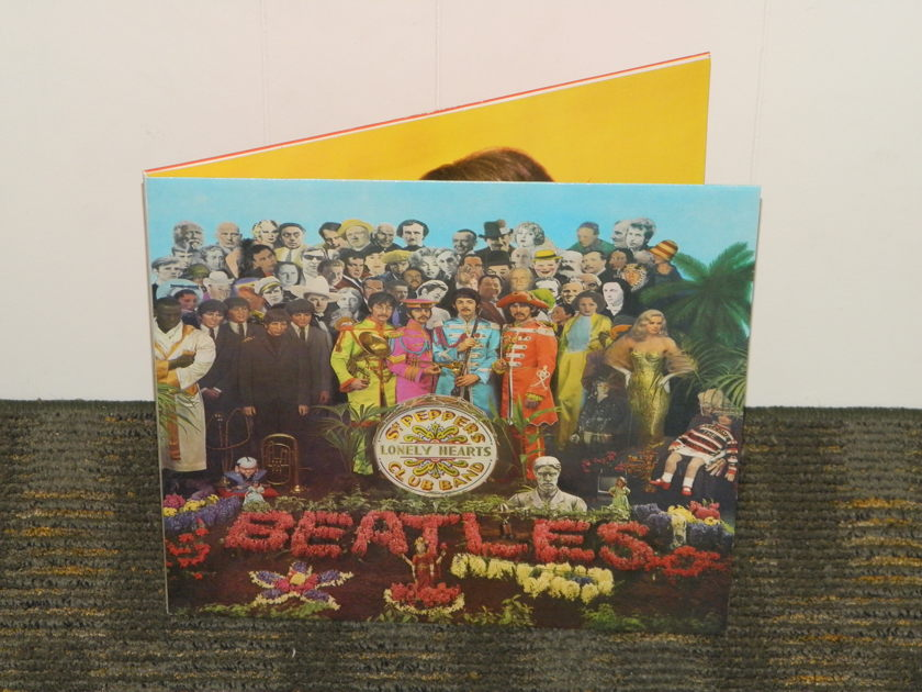 The Beatles           Sgt. Peppers Lonely - Hearts Club Band   UK (English) Import  Parlophone Stereo w/inserts