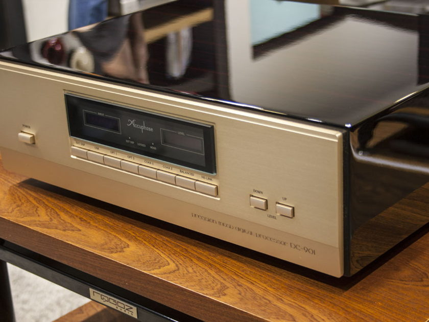 Accuphase DP-900/DC-901 - pristine, 115V / 230V from Europe