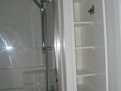 langley-bathroom-5-thumbnail