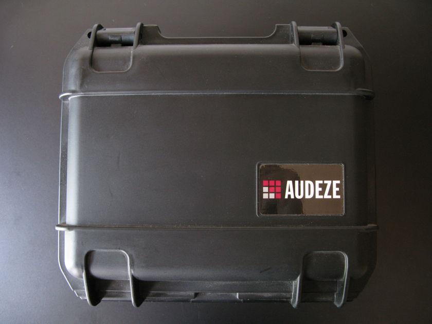 Audeze LCD-3 Fazor w/ ruggedized case