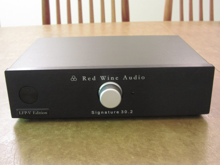 Red Wine Audio  Signature 30.2 Integrated  LFP-IV Version