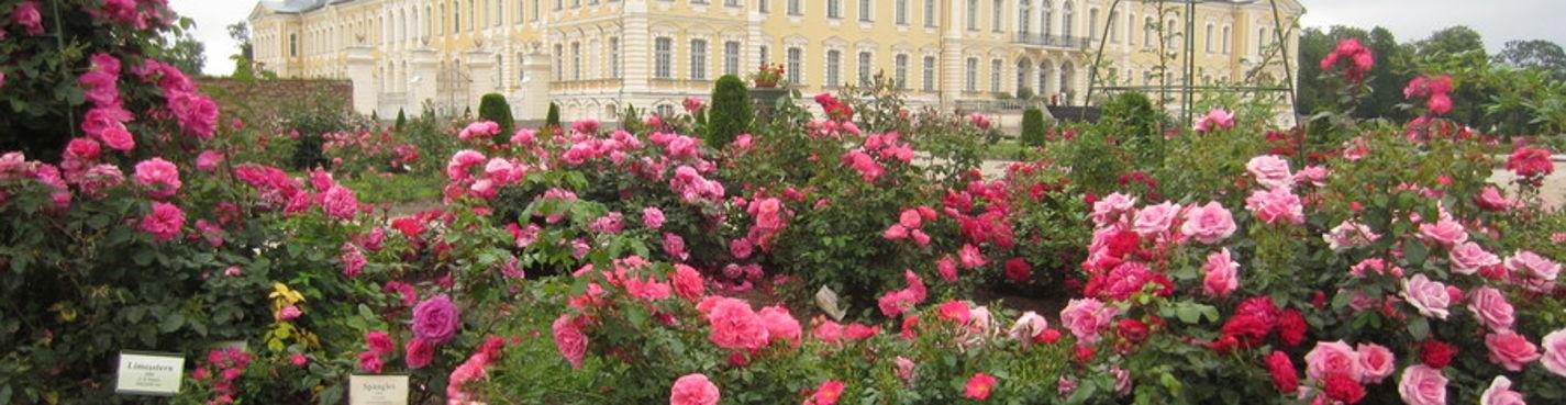 Рундальский дворец  и Бауский замок — выдающийся памятники архитектуры в Земгале.