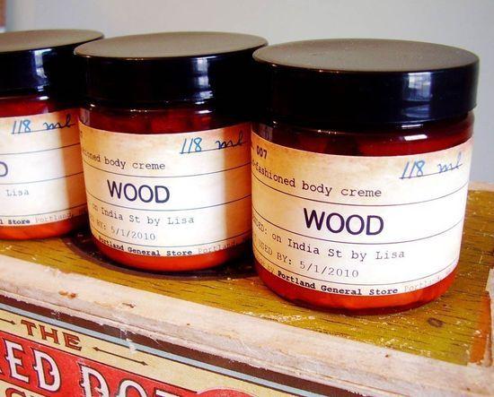 Wood-bodycream