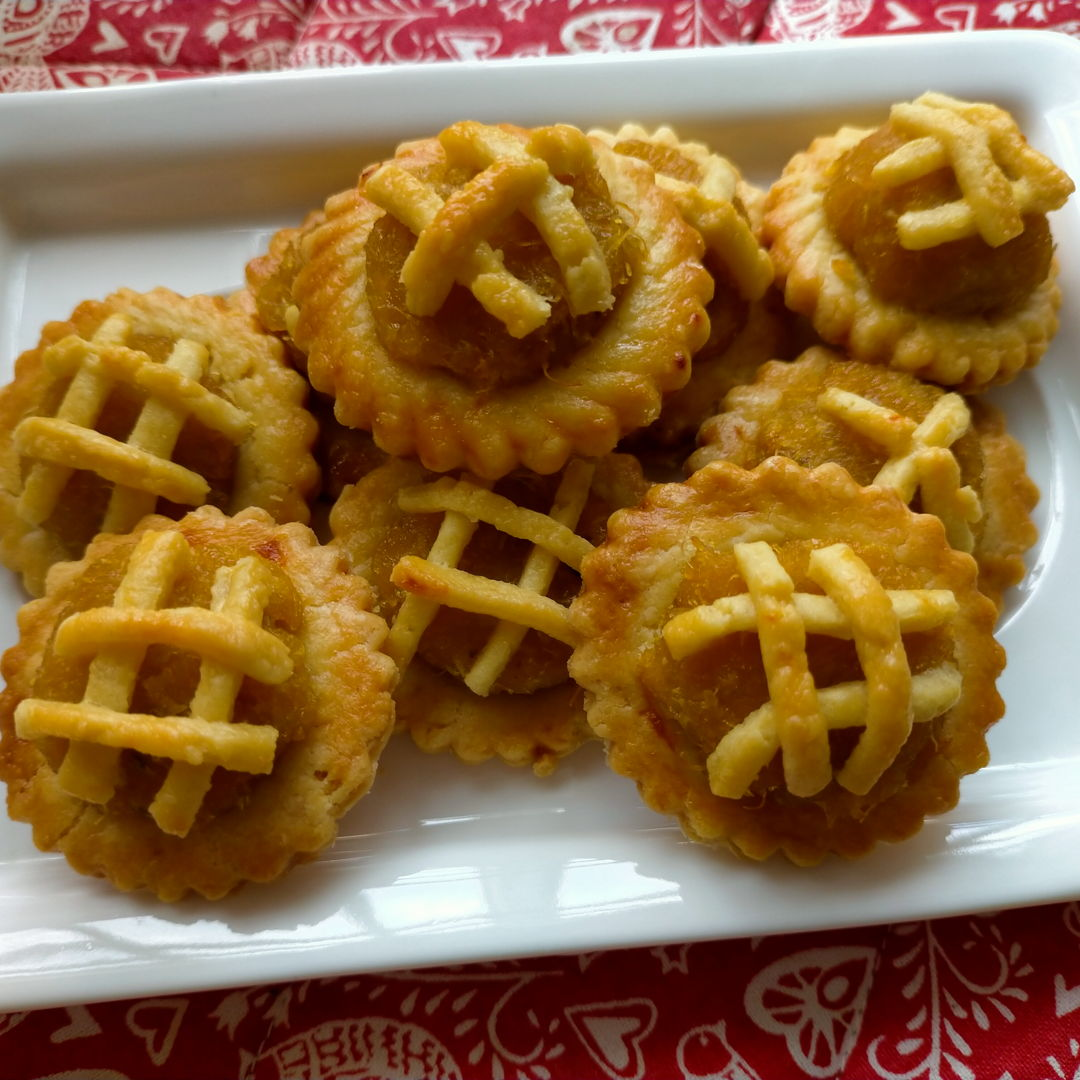 Pineapple tarts. Thank you Nyonya Cooking for the recipe!