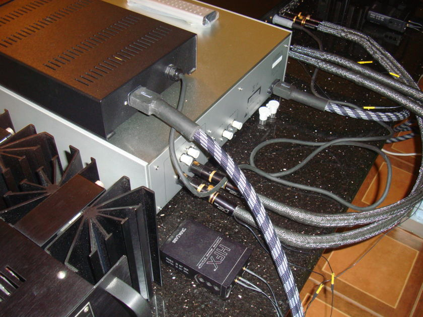 Tara Labs The Zero Gold (1.0m) (XLR)  (ONE OWNER!!!) FREE SHIPPING WORLDWIDE AND FREE PAYPAL FEE