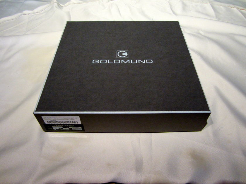 Goldmund Interconnect 1 meter NEW IN THE BOX  1 meter