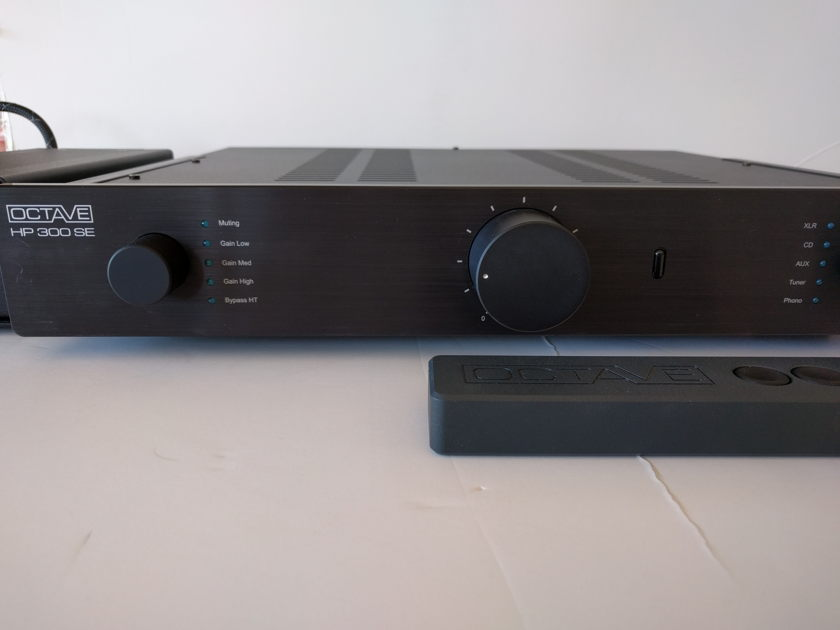 OCTAVE AUDIO HP300SE with PHONO BRAND NEW IN BOX 50% OFF!!