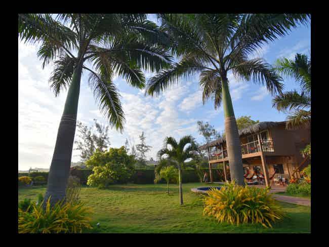 Hostal Kundalini + Paragliding + Silver Island-