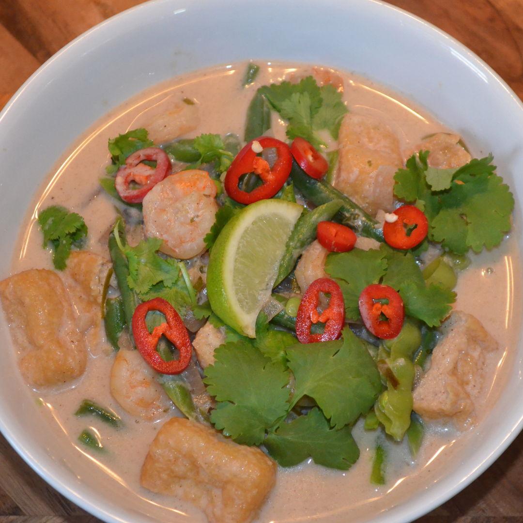Date: 12 Jun 2020 (Fri) 143rd Main: Singaporean Prawn & Coconut Laksa with Kaffir Lime [386] [164.3%] [Score: 10.0] Cuisine: Singaporean Dish Type: Main