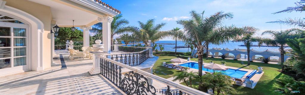 Marbella w 00yr0a 1 jpg