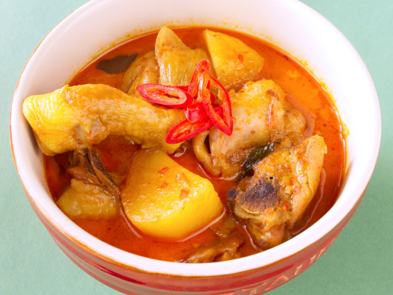 Malaysian Curry Chicken - Southeast Asian Recipes - Nyonya Cooking