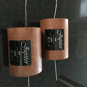 Speaker crossover