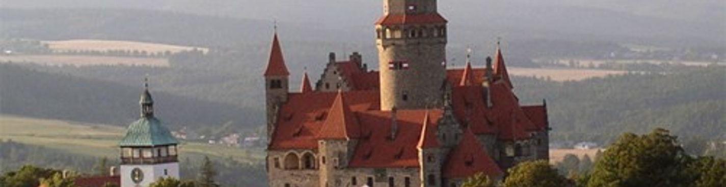 Атмосферный туризм. Поездка пятнадцатая: замок Боузов, пивовар Черна Гора, замок Пернштейн