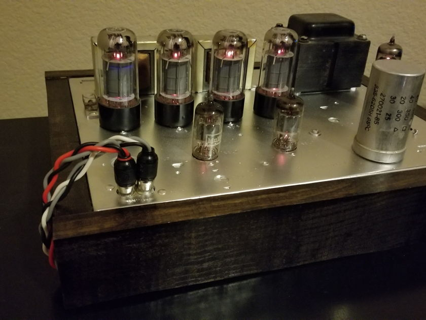 Magnavox 8802 Maggie Tube Amp Tung-Sol 6V6 and Mullard 6EU7