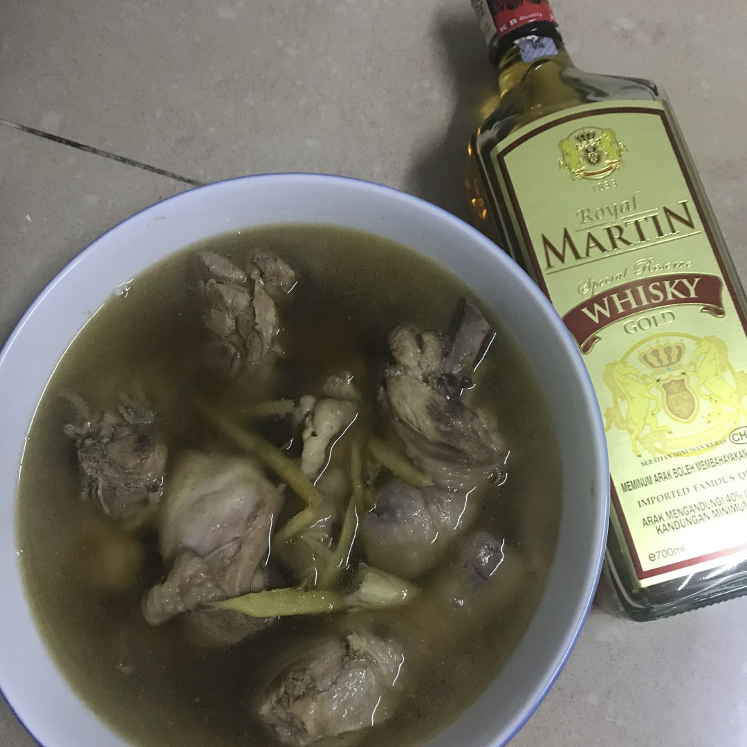 Chicken soup with whisky