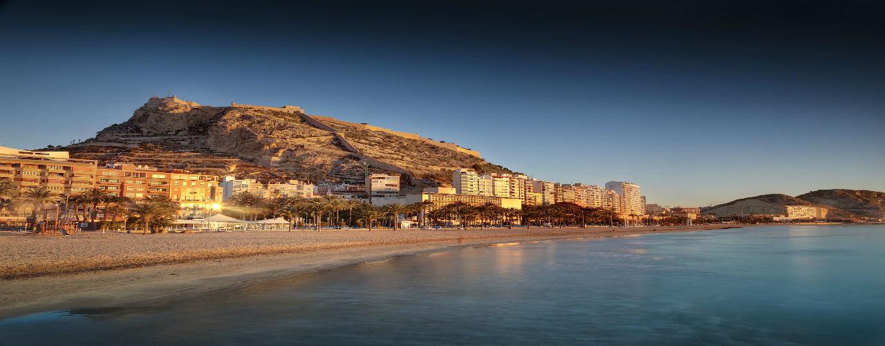 Engel & Völkers - Spain - AlicanteAlicante - https://ucarecdn.com/1574ac9a-e176-42b5-ad97-8bf956773319/-/crop/1280x500/0,0/