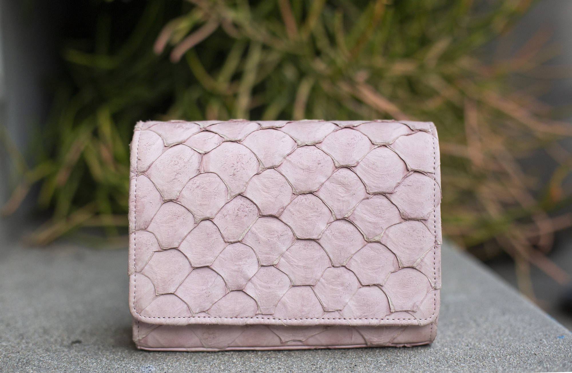 blush pink pirarucu lola handbag by piper & skye