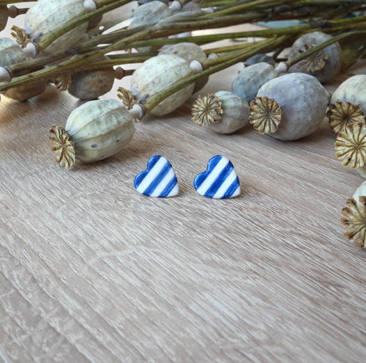 """Серьги-гвоздики """"Сердце"""" морские синие"""