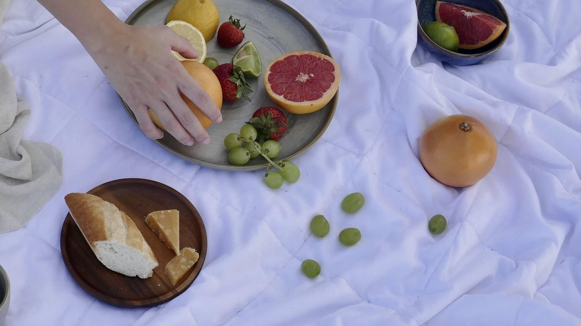 Weavve's Lyocell Duvet as the picnic mat