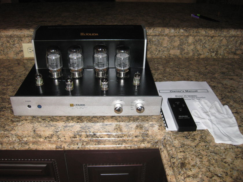 Jolida 502BRC Integrated Tube Amp less than 20 hours