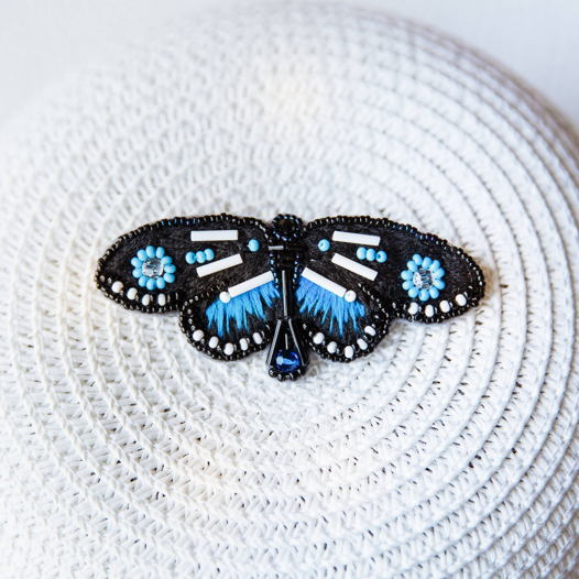 Брошь вышивка бисером «Бабочка»