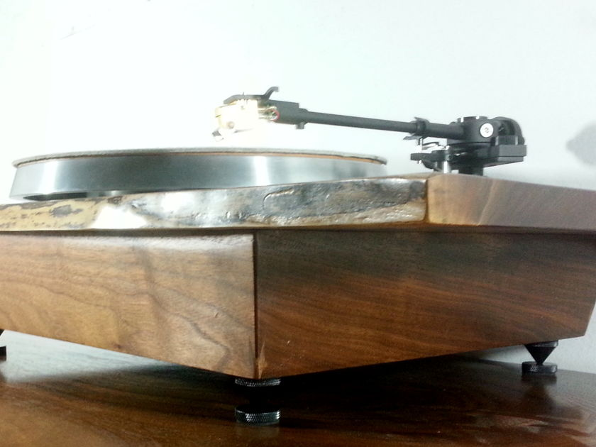 Gideon Rettich Wood Worker CTTP Custom Turntable Plinth in solid woods