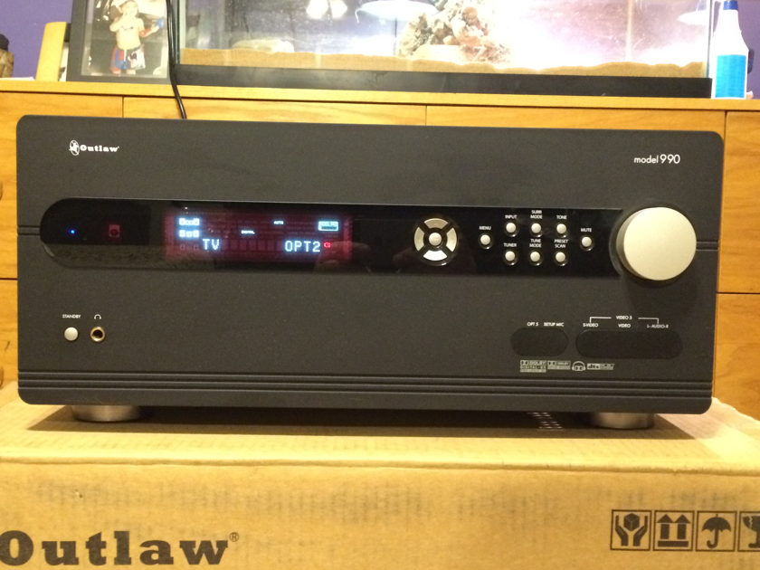 Outlaw Audio 990 AV Processor