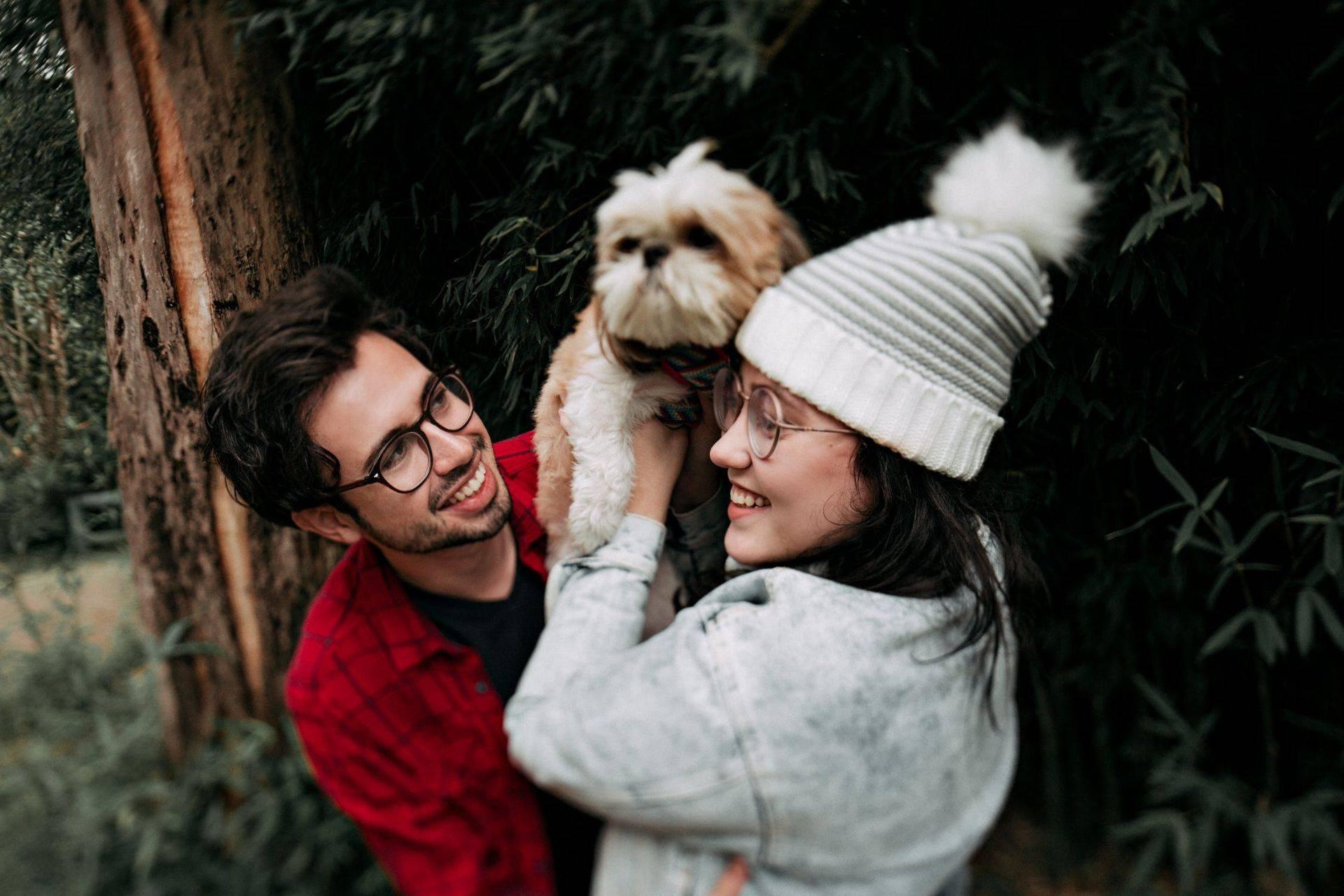 holding-dog