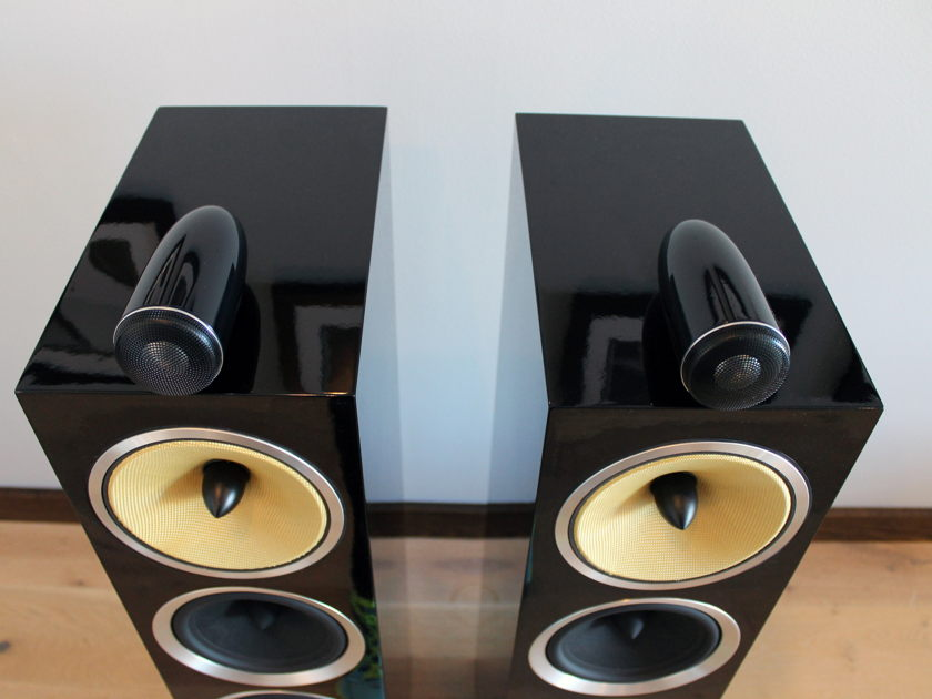 B&W (Bowers & Wilkins) CM10 S2 Loudspeaker Pair, Store Demo, Gloss Black