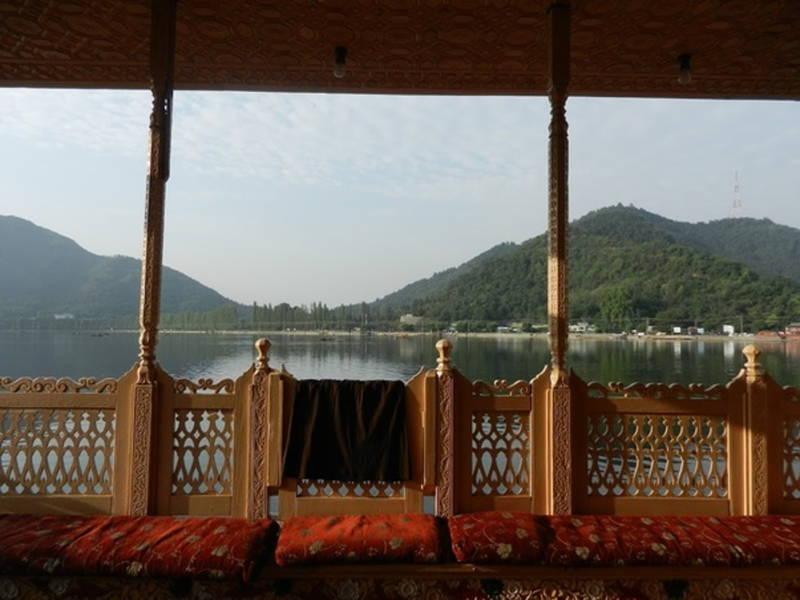house boat Srinagar