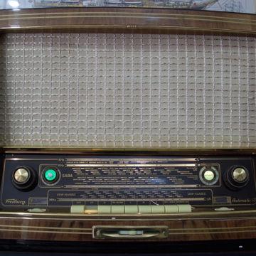 Freiburg 3DS FM Tube Radio FULLY RESTORED