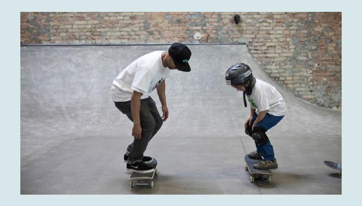 skatehalle berlin kick flip üben