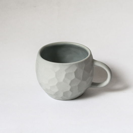 Кружка «Ануна» из серого фарфора