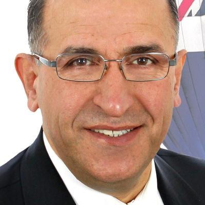 Abbas Esmaili  Real estate agent RE/MAX ROYAL (JORDAN)