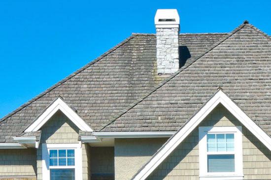 Le temps est-il venu de remplacer le toit?