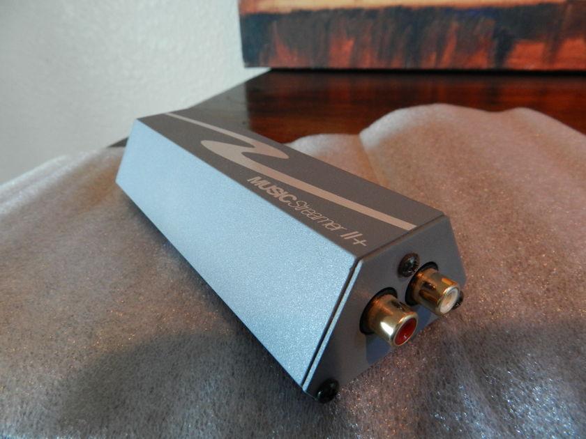 HRT  Music Streamer II+ asynchronous DAC