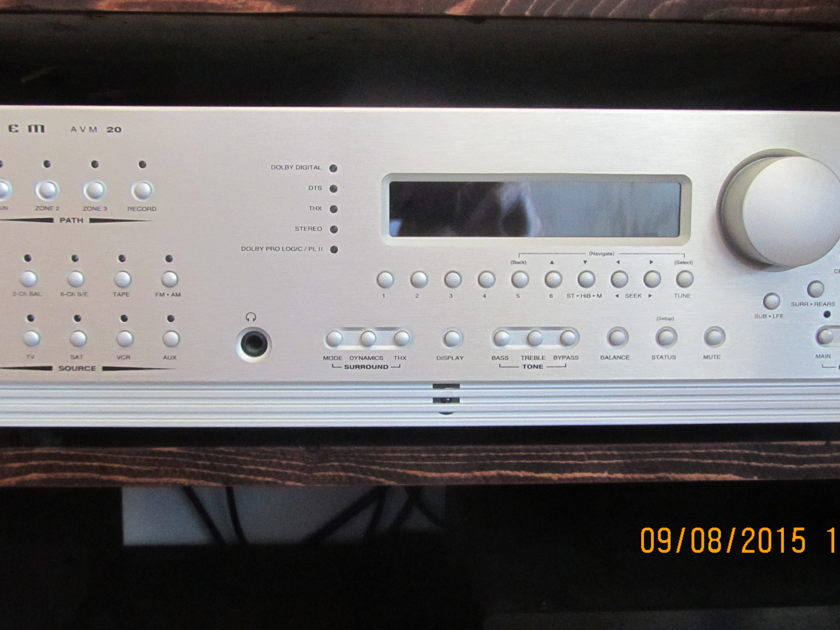 ANTHEM AVM-20 Pre-Processor -  Silver - Outstanding Condition & Performance