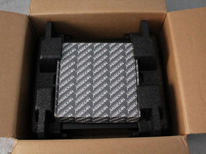Meridian 861 V2.81 Reference Digital surround controller