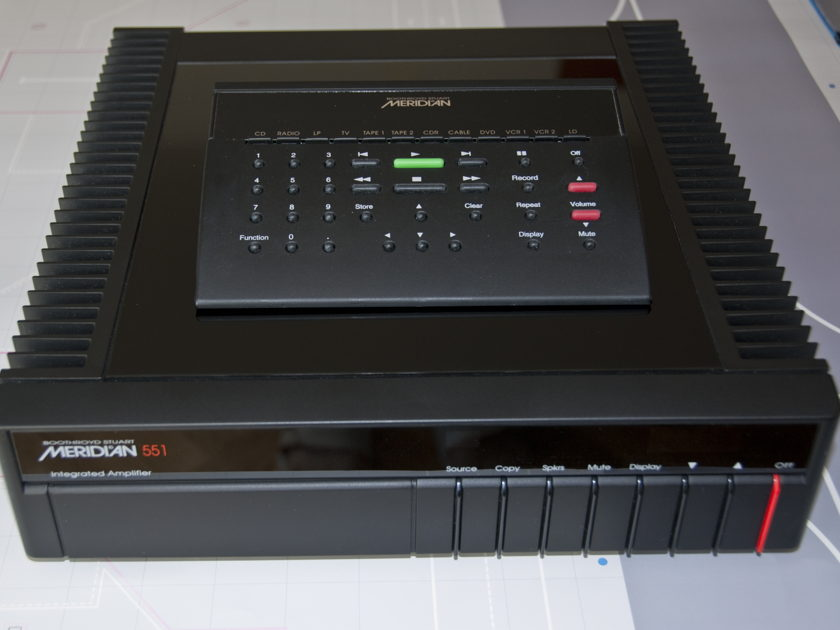 Meridian 551 Amplifier
