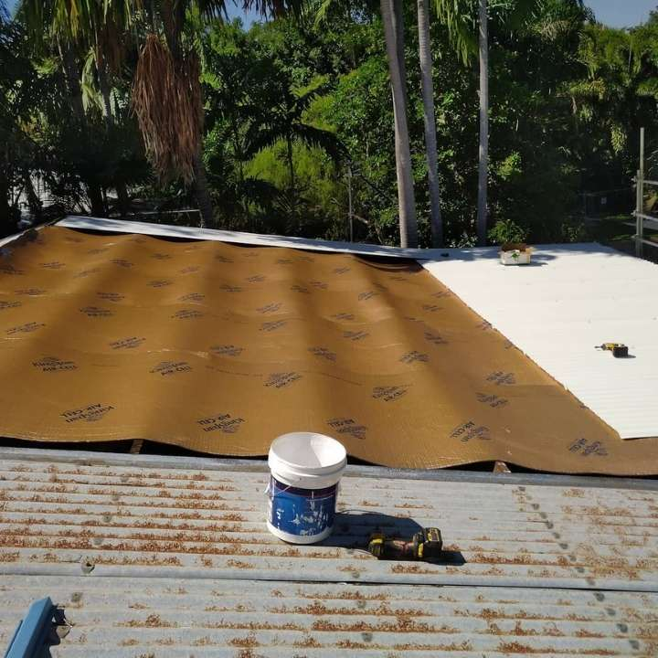 Book roofing service with quality reliable roofing contractors in darwin