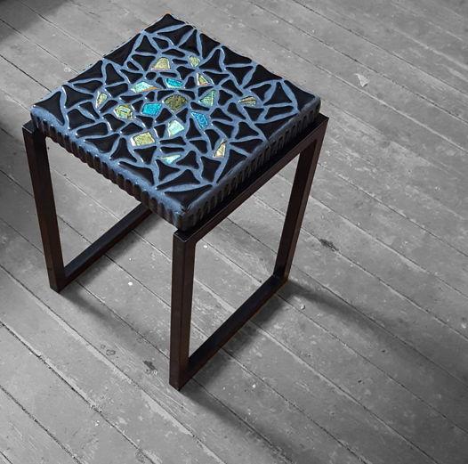 """Столик прикроватный из стеклянной мозаики """"Северное сияние"""""""