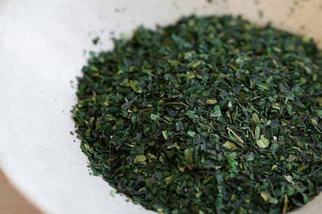 Matcha tea leaves