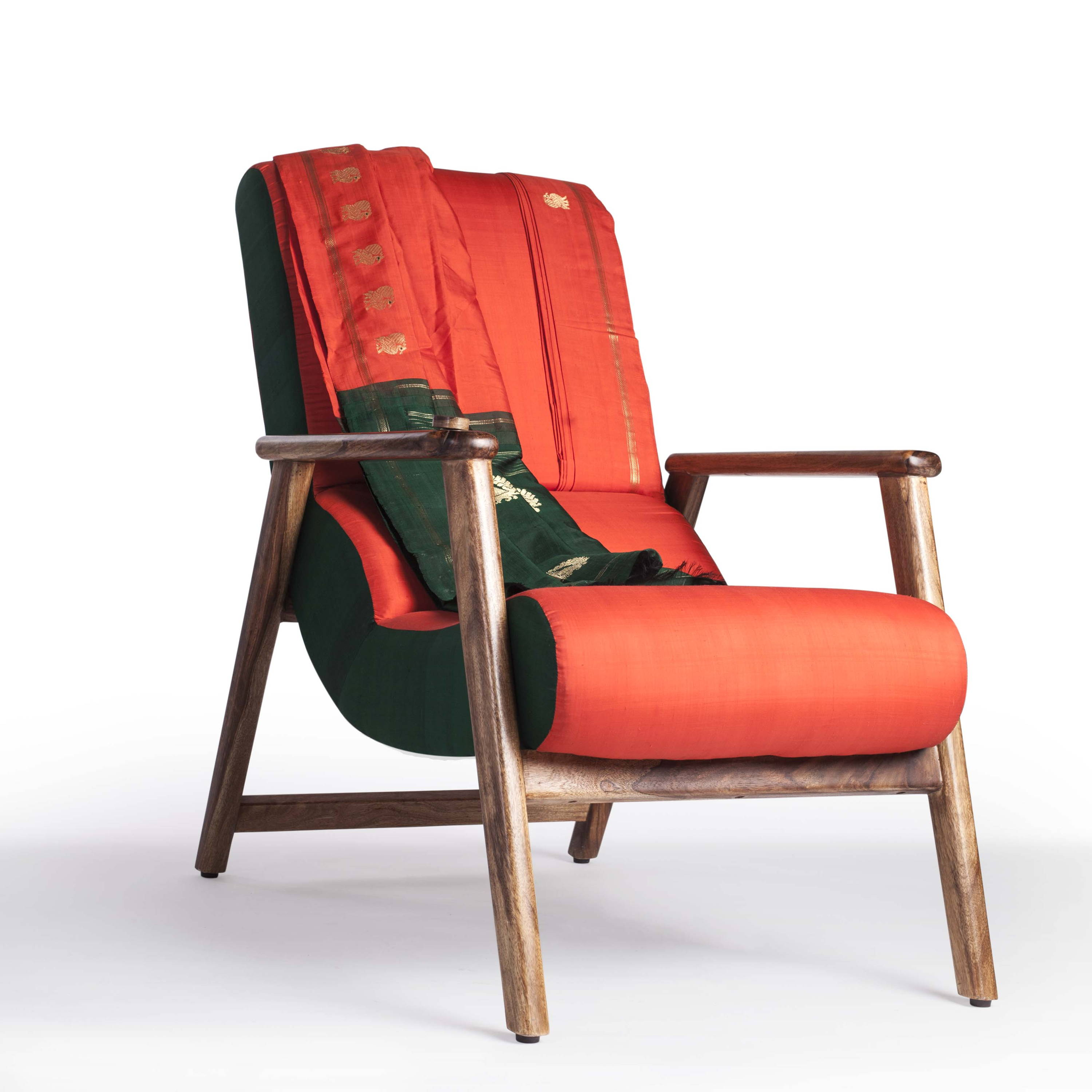 Naga Shawl Lounge Chair (Nizam)