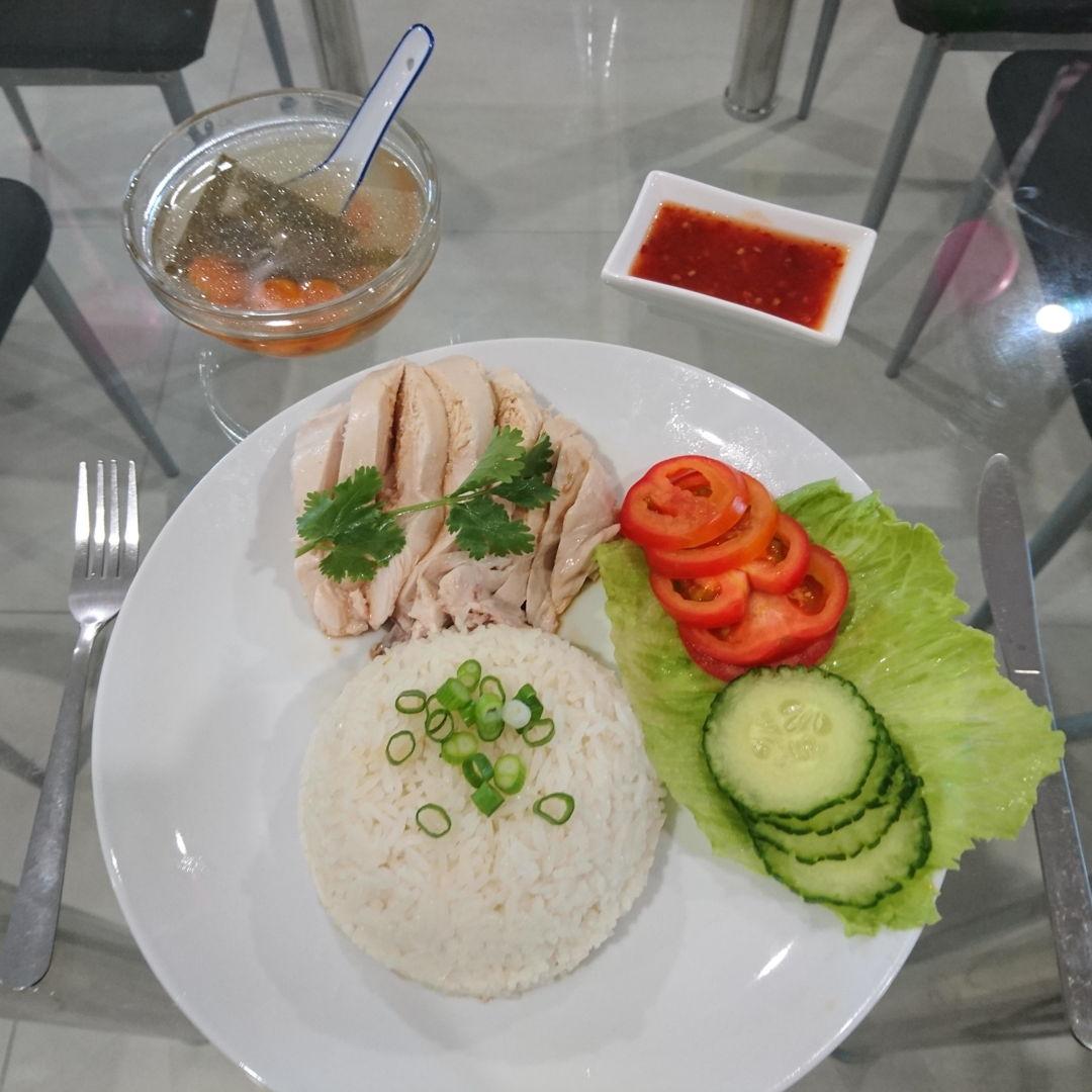 Date: 27 Feb 2020 (Thu) 76th Main: Hainanese Chicken Rice (Nasi Ayam Hainan) [244] [150.3%] [Score: 9.0] Cuisine: Malaysian, Singaporean, Thai, Vietnamese, Indonesian, Bruneian  Dish Type: Main