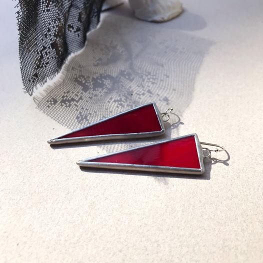 Серьги из стекла Красные треугольники