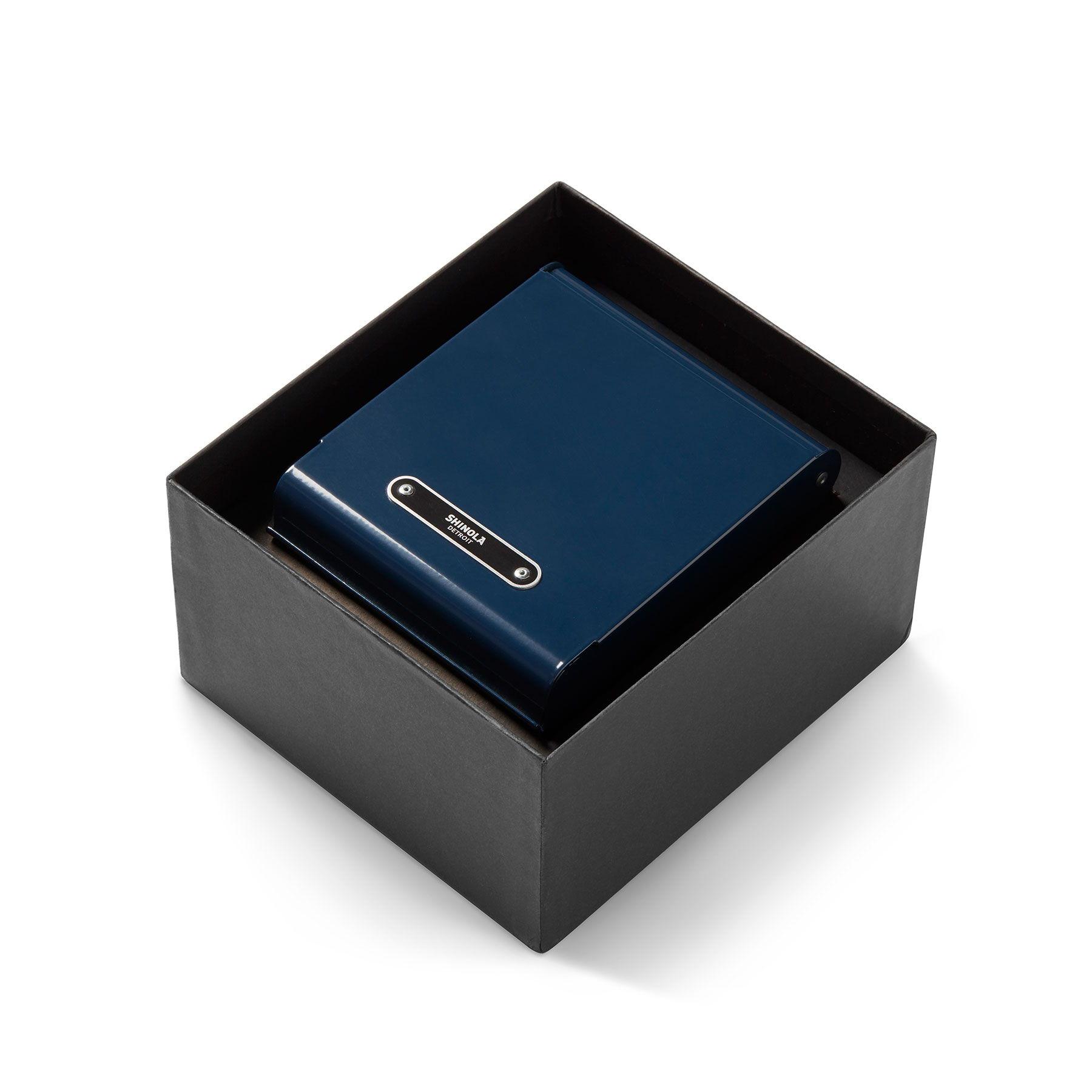 S0120097179_PackageBox_V2.jpg