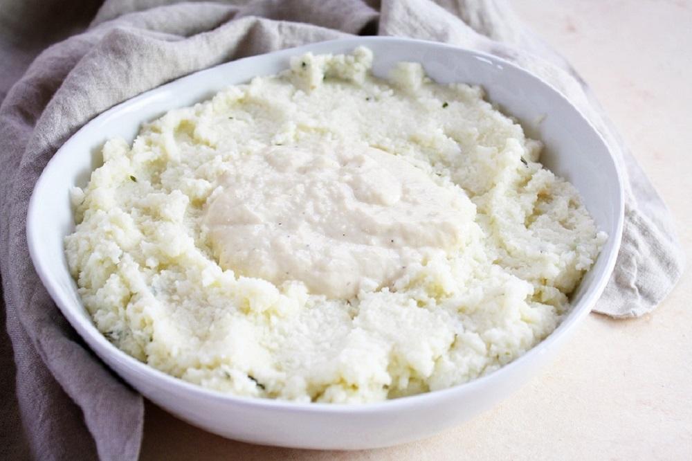Rosemary Cauliflower Mash and Gravy