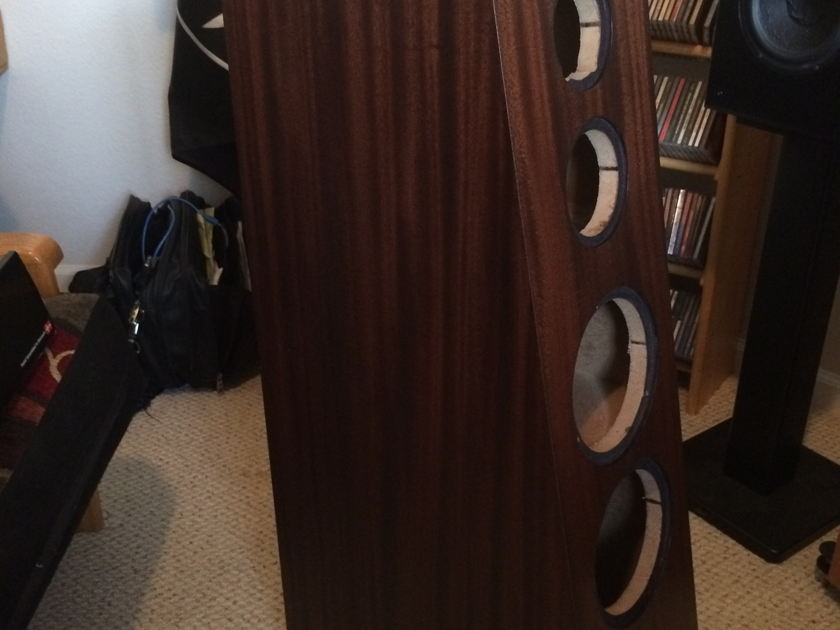 PBN B741 Cabinets Ribbon mahogany