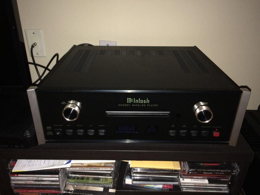 McIntosh MCD-301 Like New