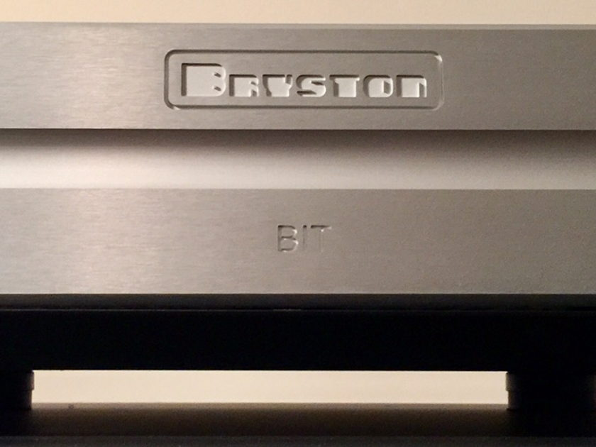 Bryston BIT15 in Silver Finish Like New Condition